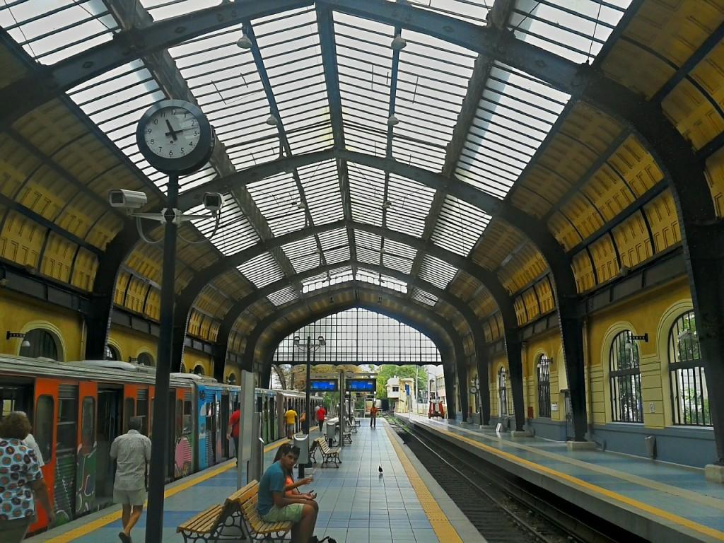 train-station-183170_1280